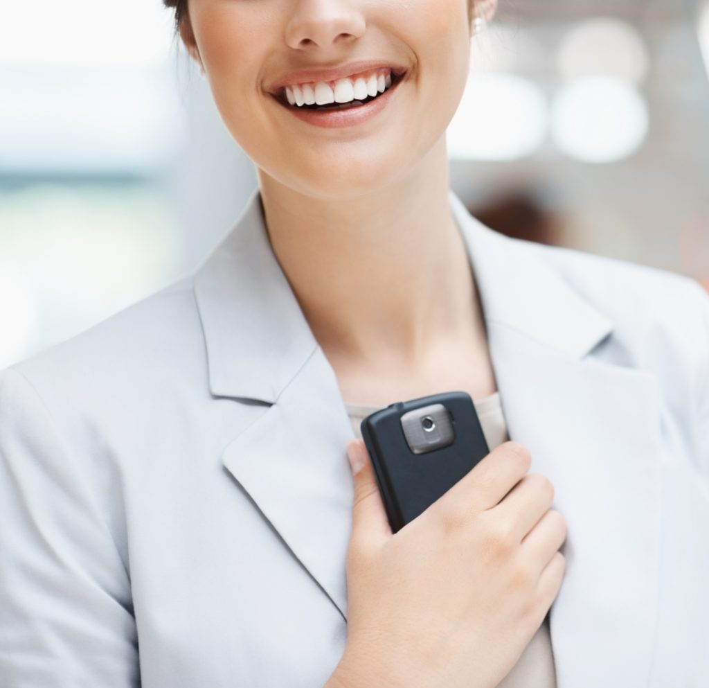 lady-smart-phone-005