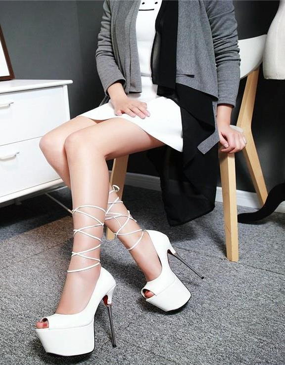 How High-Heels can boost your career growth